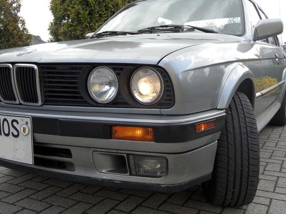 E30 325iX-005