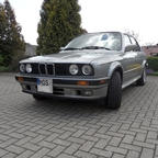 BMW E30 325iX Sedan