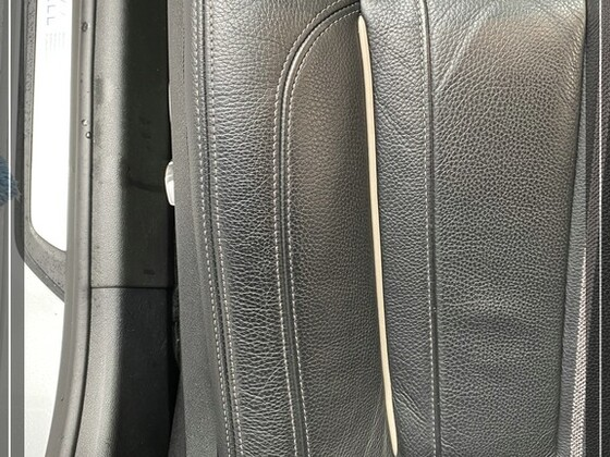 Seitenwange Sitzfläche vor der Reinigung mit stiptpolish